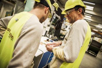 Ny Skill glass CNC maskine